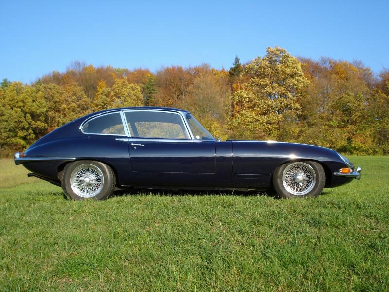 The Series 1 Jaguar E Type 2+2