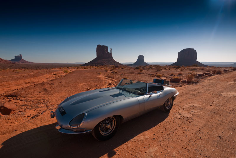The 65E in front of the famous Mitten Buttes of Monument Valley.